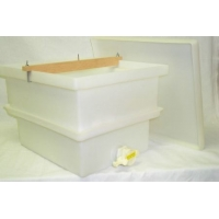 Deluxe Plastic  Uncapping Tank