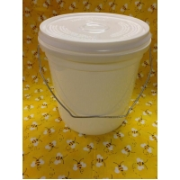 One Gallon Pail with Lid